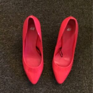 "BrandNew Absolutely Adorable Neon Pink ""H&M"" Heels"